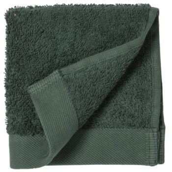 dark green towel