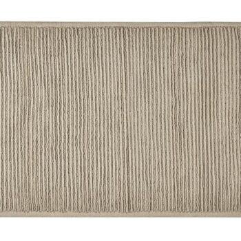 beige bath rug