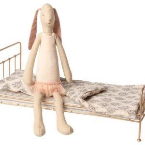 bed vintage