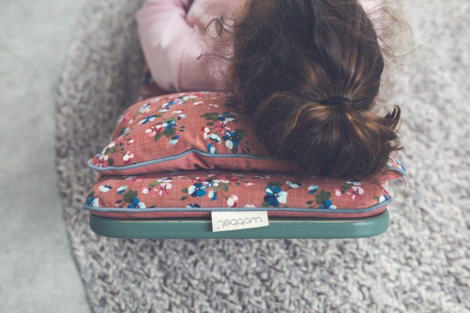 Wobbel Decks and Pillows 5